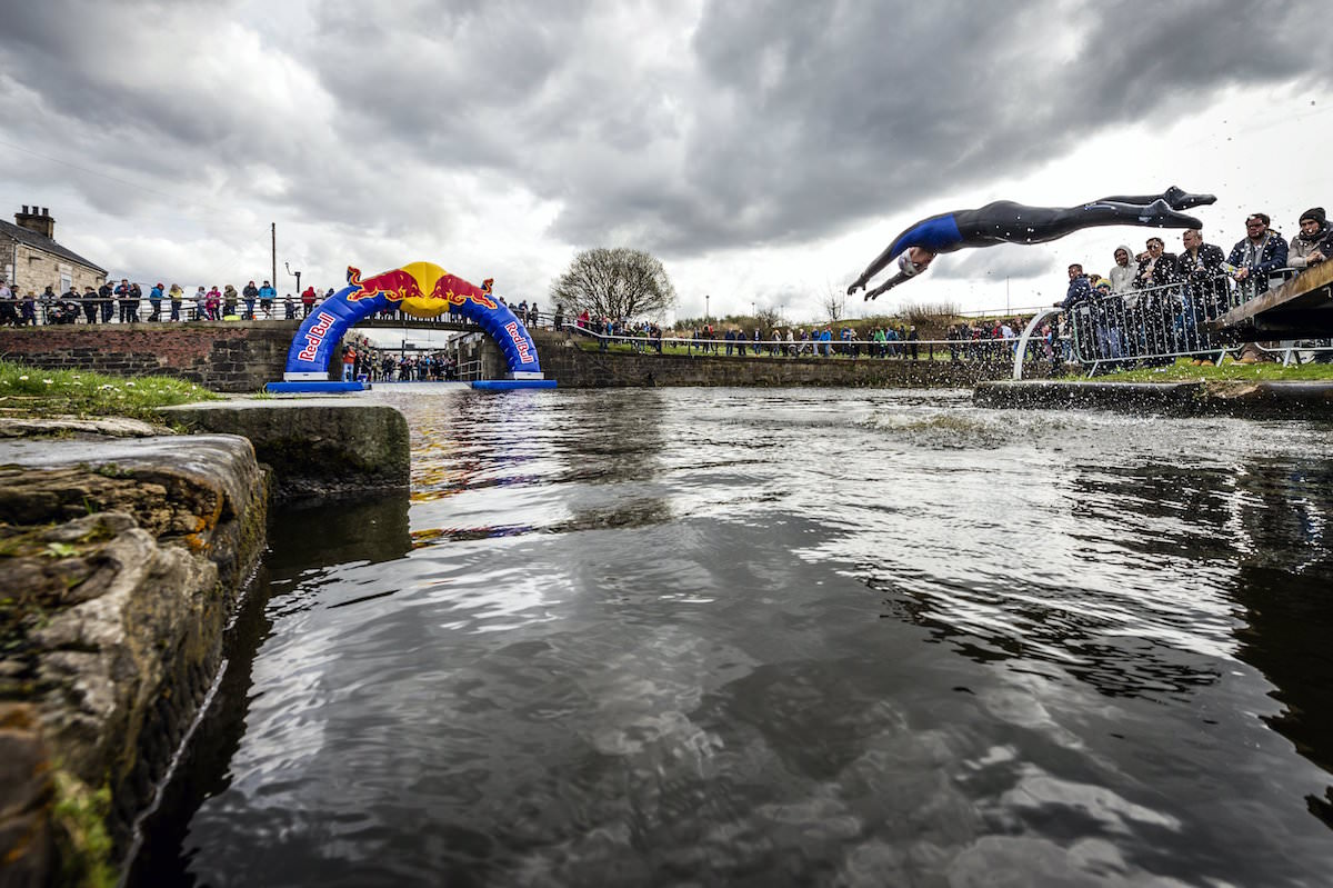 Taking the plunge at the red bull neptune steps hard as trails - Red bull content pool ...