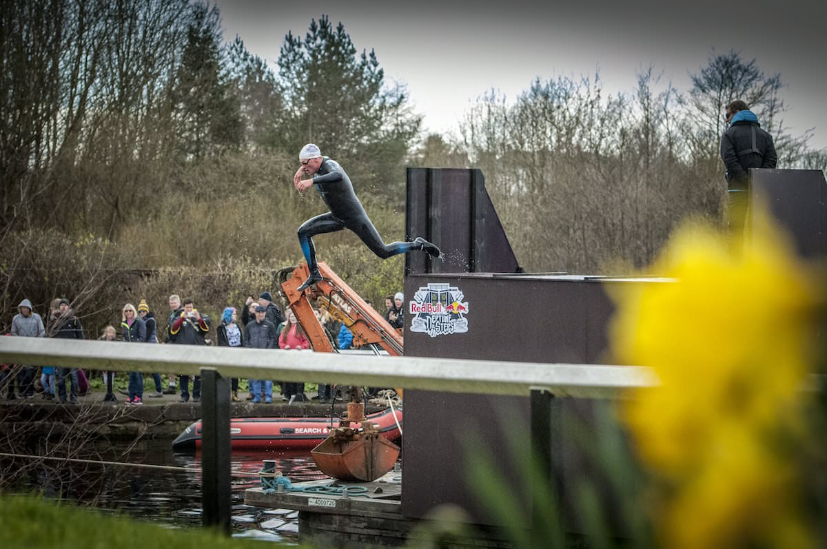Red Bull Neptune Steps in Glasgow, UK, on April 9, 2016 // Leo Francis/Red Bull Content Pool // P-20160409-00429 // Usage for editorial use only // Please go to www.redbullcontentpool.com for further information. //